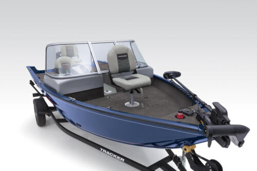 Elevated bow & aft fishing decks